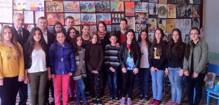 Drejtoria për Kulturë, Rini e Sport mbështet botimin e revistës shkollore në Smirë