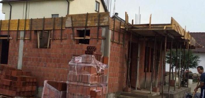 Foto lajm: Përfundohet kati i parë i shtëpisë solidare për Zeqir (Sali) Arifin