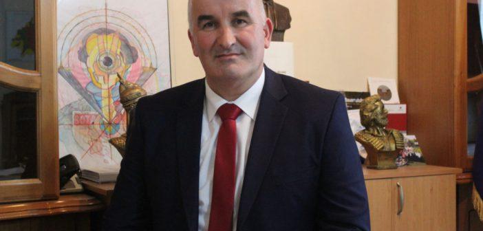 Kryetari Haliti uron besimtarët për Fitër Bajram