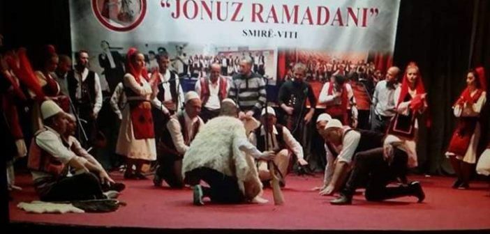 """SHKA """"Jonuz Ramadani"""" shfaq koncert për bashkatdhetarë në Smirë"""